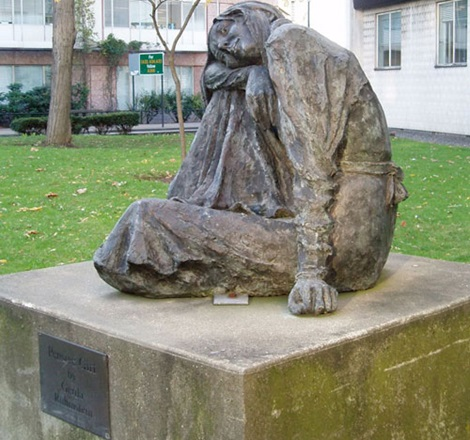 Pensive Girl sculpture in Catford